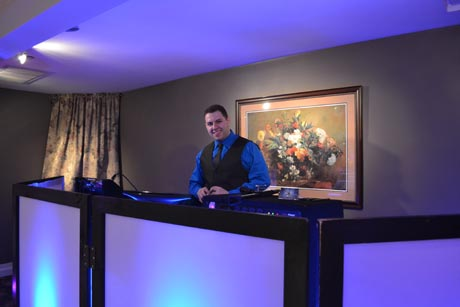 Massachusetts Wedding Disc Jockey Wedding DJ